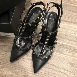 Valentino garavani black rockstud heels